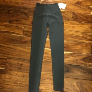 NWT Beyond Yoga & pure barre charcoal legging